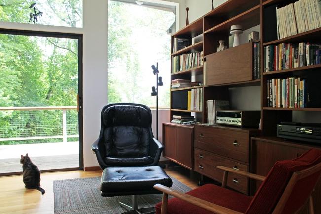 Sara_living-room3_sm.jpg