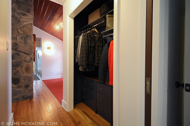 homemoyaone_coat-closet-after